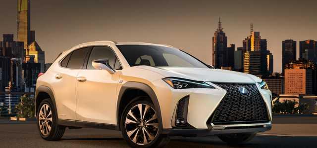 Небольшой кроссовер Lexus UX старт продаж