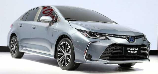 Toyota corolla в кузове седан